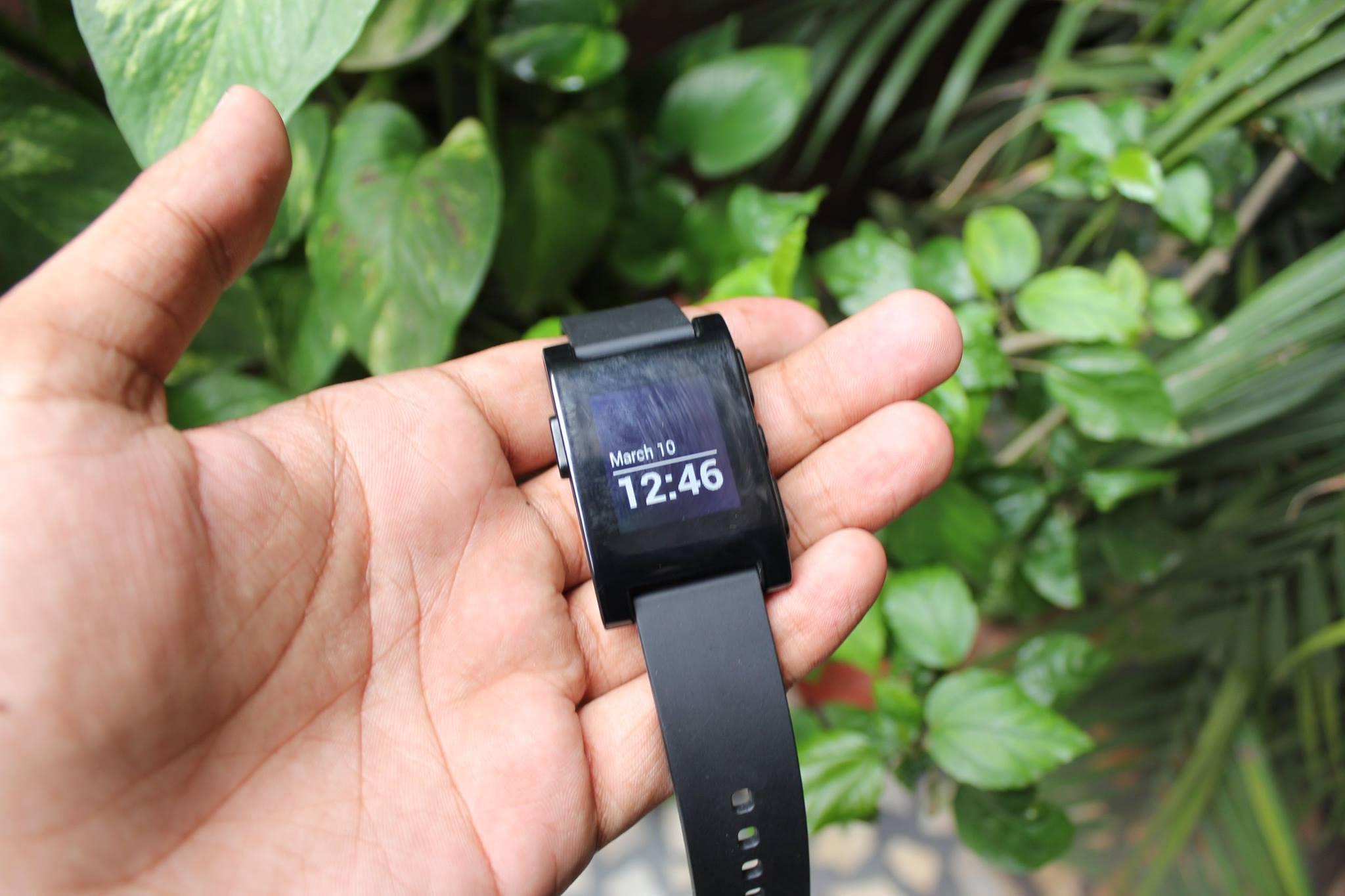 Pebble Smartwatch : A Quick review